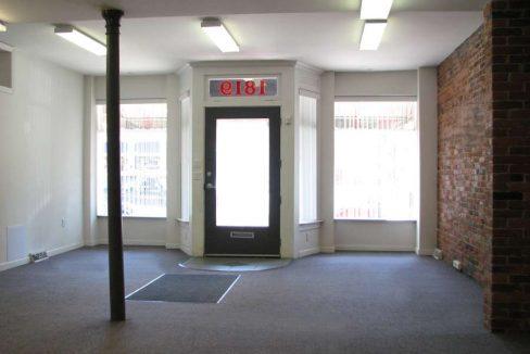 1819_2 1819 Southside Storefront