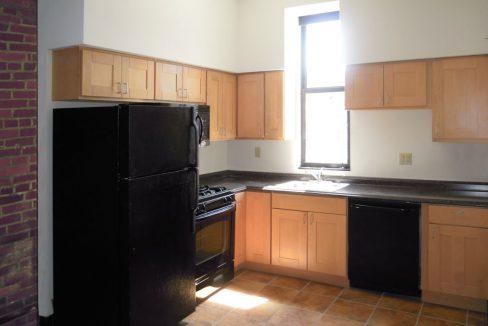 2012-3_2 Landmark on Carson 1-Bedroom