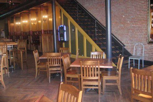 2132_6 2132 East Carson Restaurant
