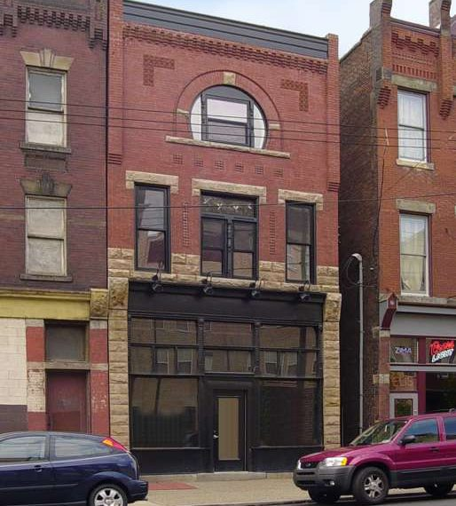 2520-1_1 2520 East Carson Storefront