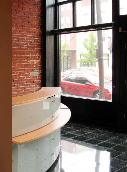 2520-1_2 East Carson Storefront