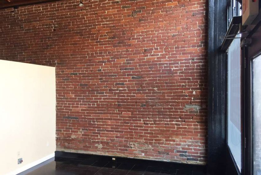 2520-1_3 East Carson Storefront