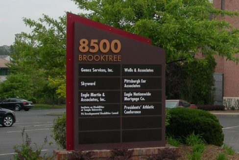 8500_301_2 8500 Brooktree Road Entrance Sign