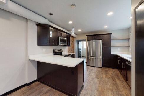 1819_East_Carson_3-BR_Apartment_1