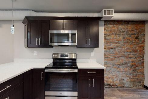 1819_East_Carson_3-BR_Apartment_3