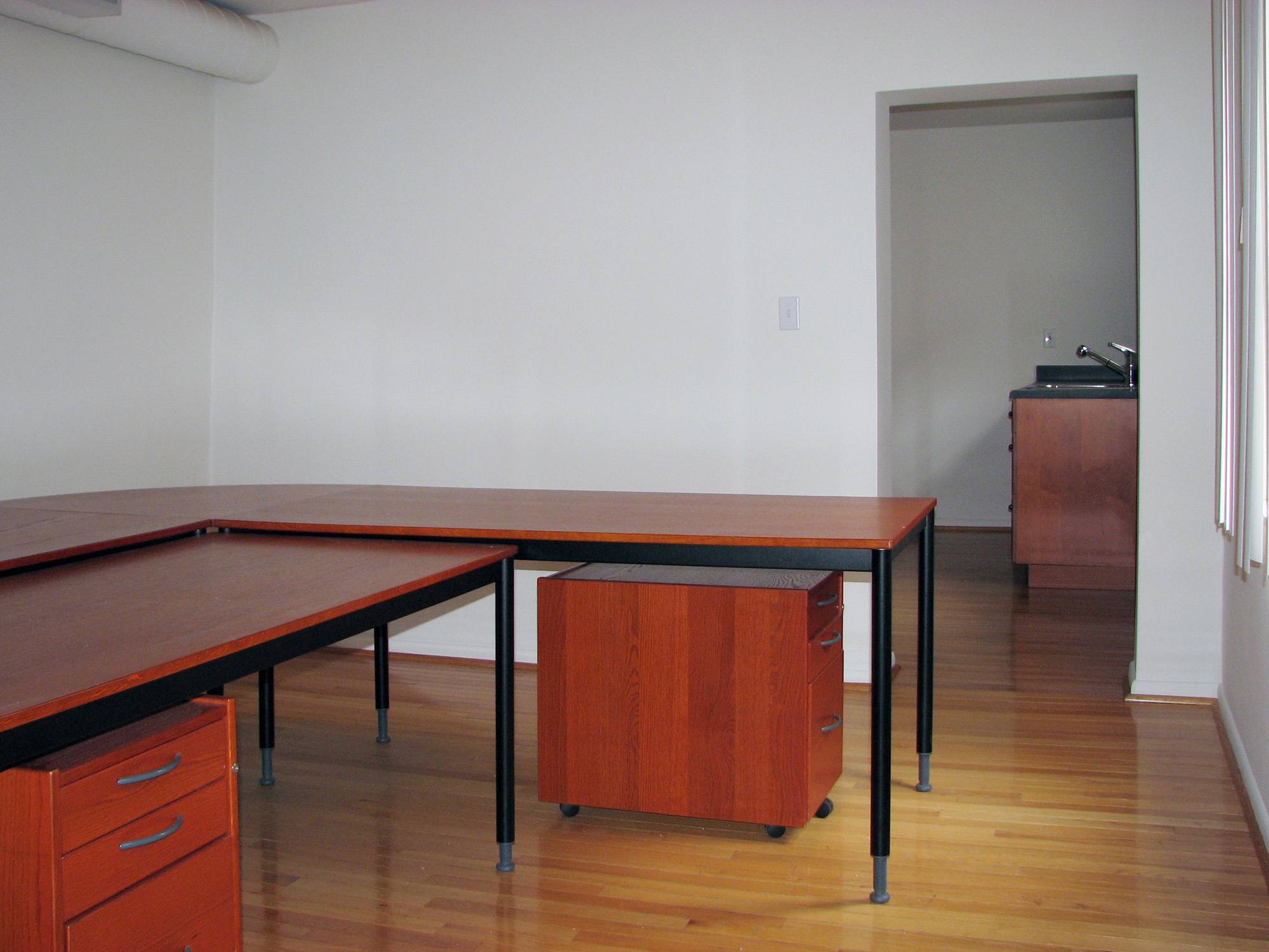 1819 East Carson Office Space
