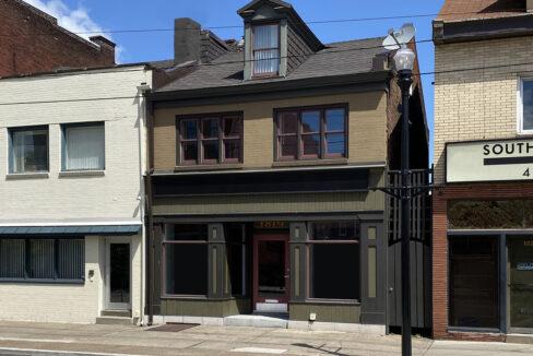 1819_East_Carson_3-BR_Apartment_6