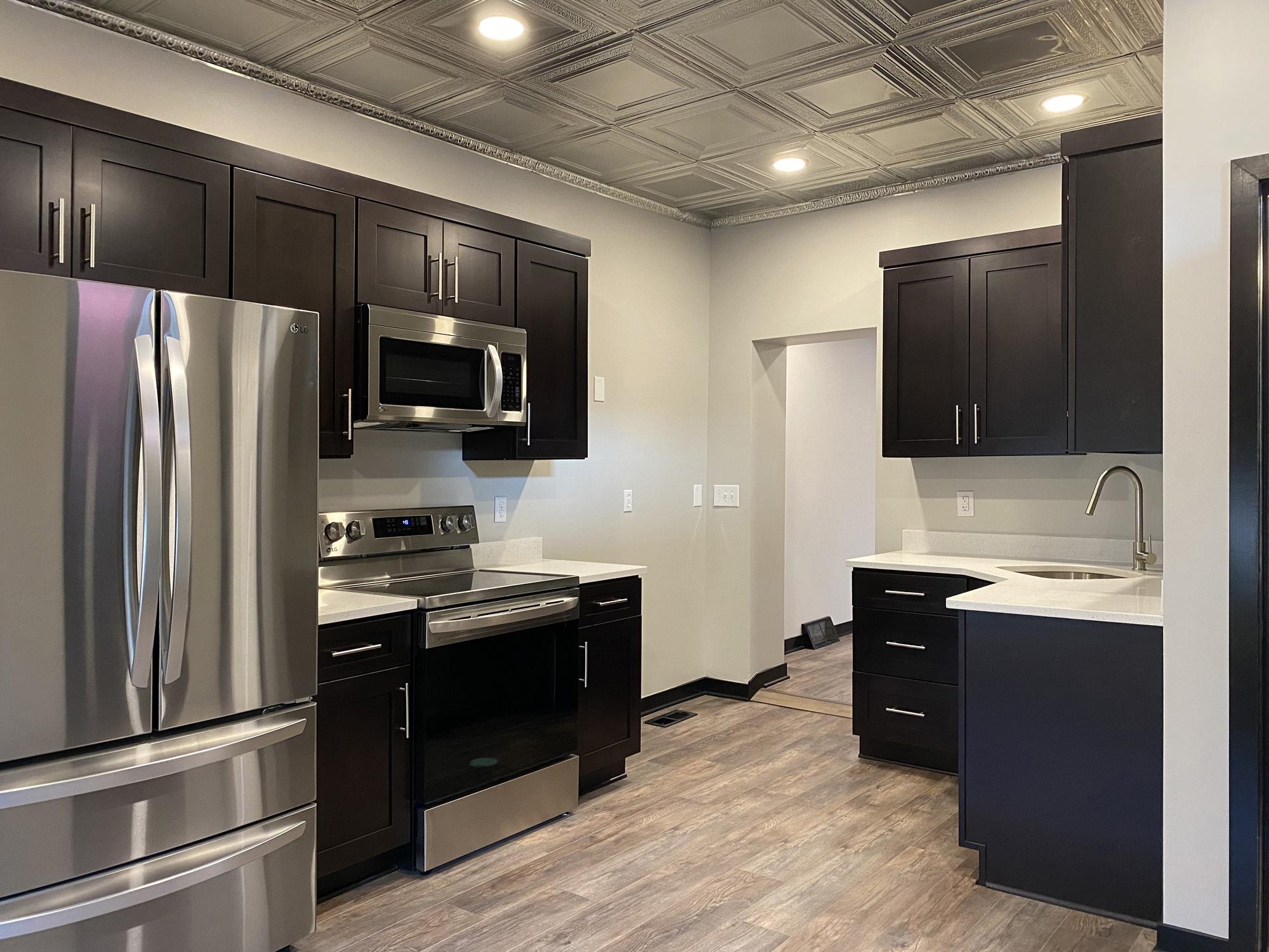 Tin Top Apartment 1