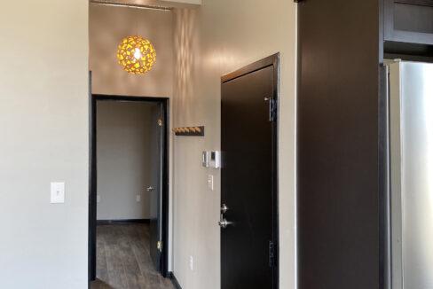 Tin Top Apartment 3 Main Image