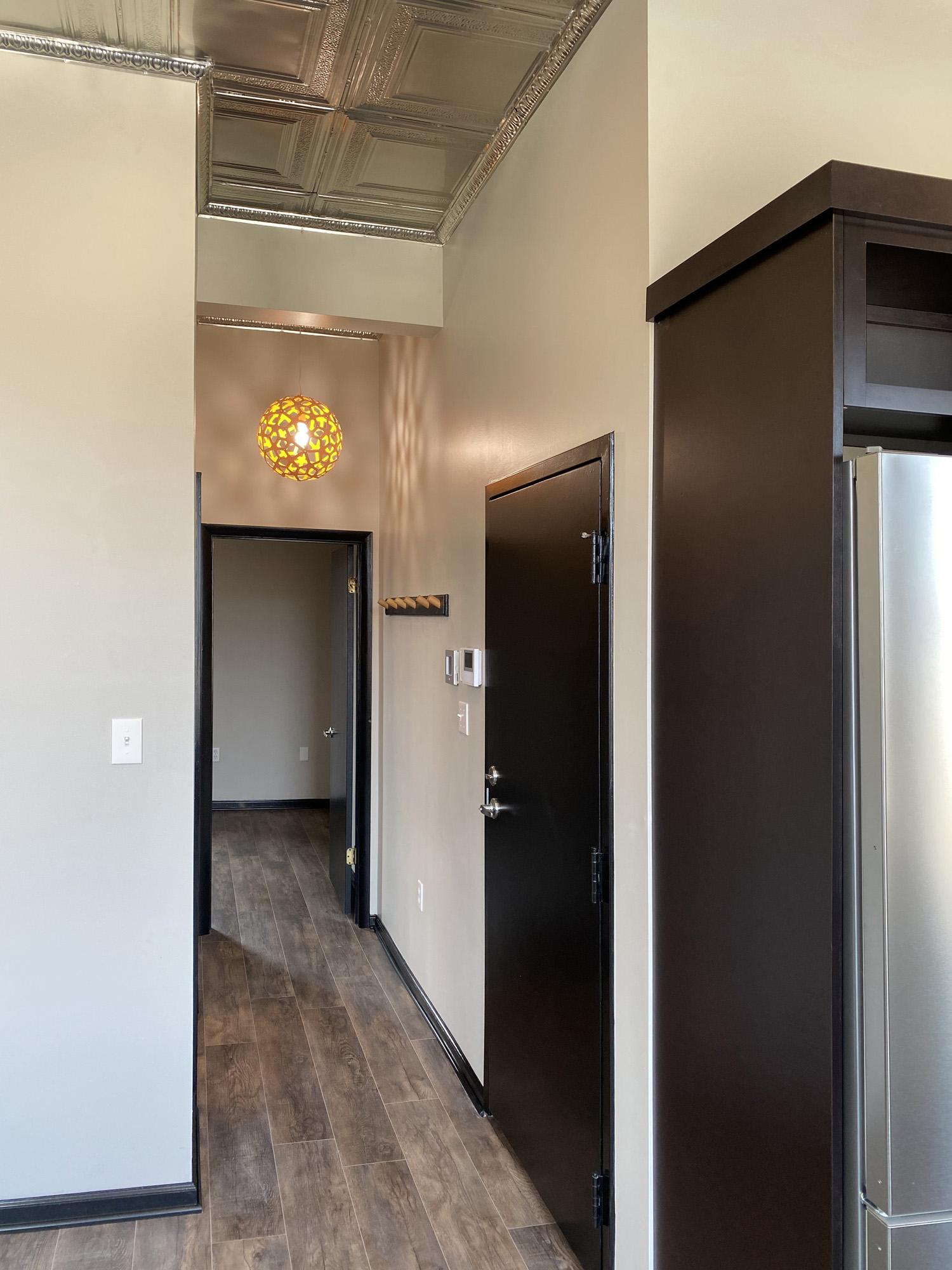 Tin Top Apartment 3